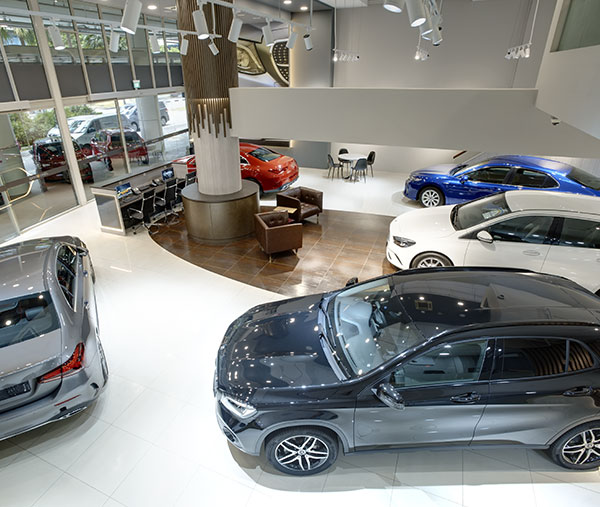 new-and-used-car-showroom-feature-photo-03-top-view